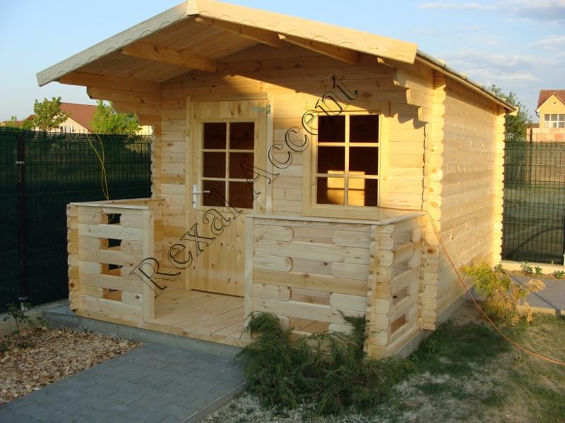 Casuta din lemn cu terasa CLARA